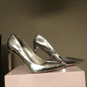 Dea Metallic Heel